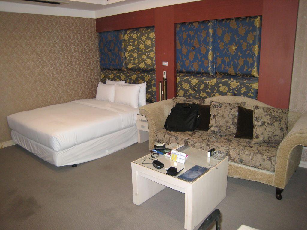 Metro Tourist Hotel