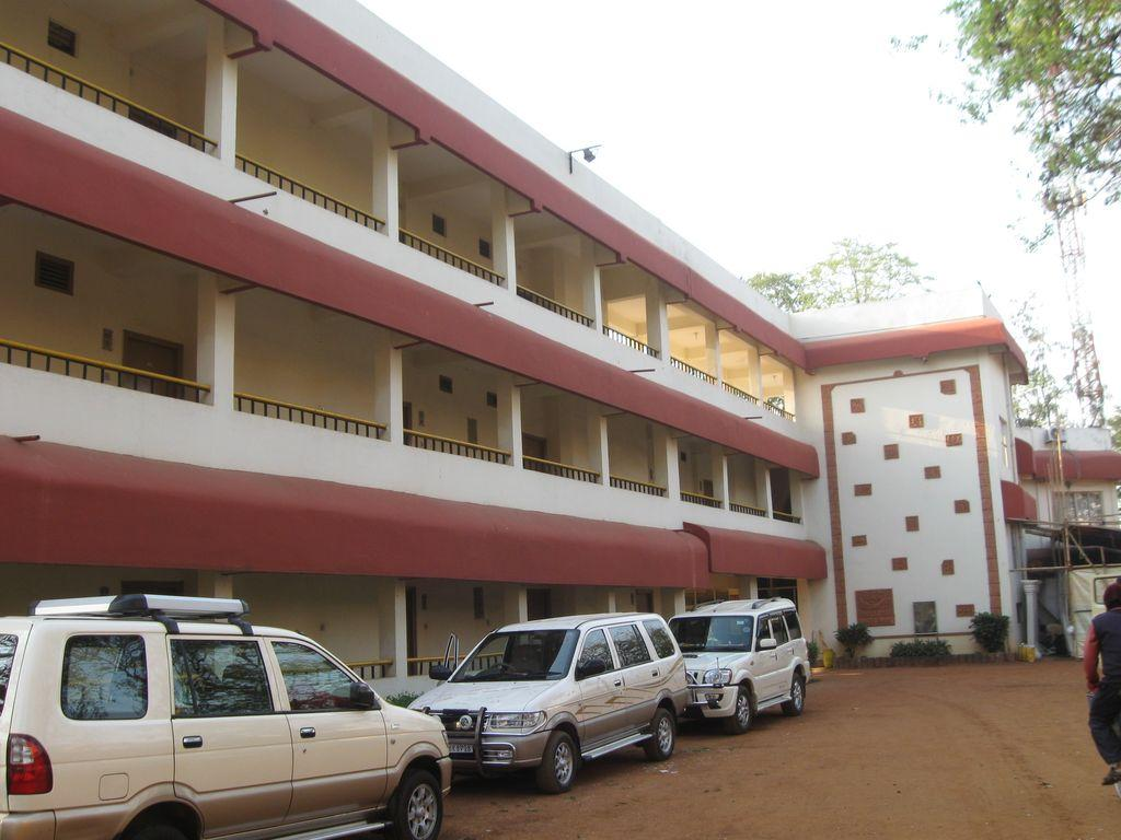 Bishnupur Hotel