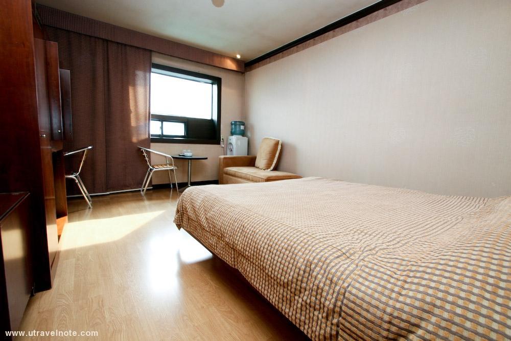 Su Tourist Hotel