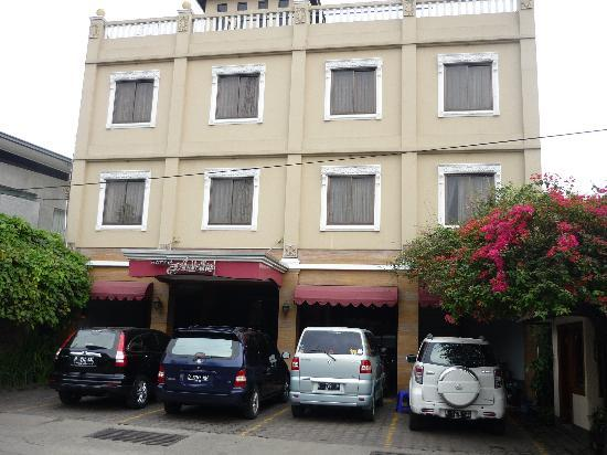 Ardellia Hotel