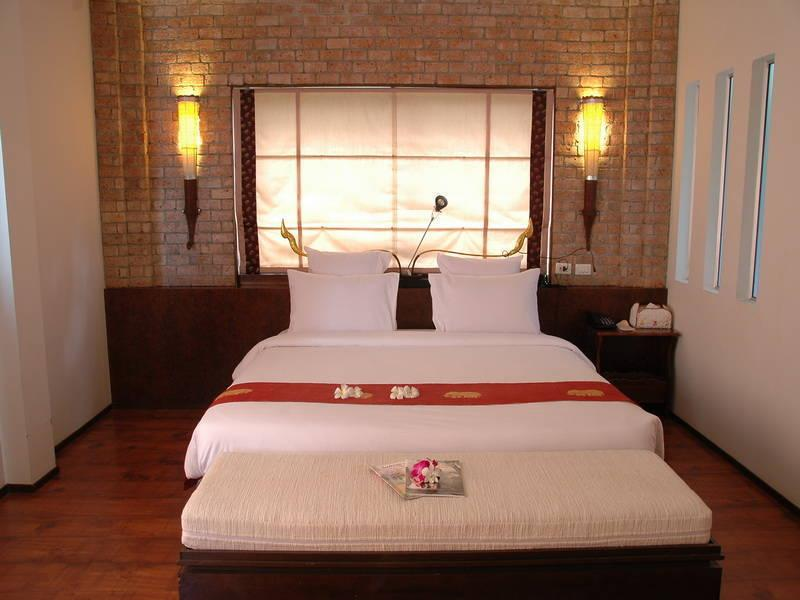 Chiang Dao Inn Hotel
