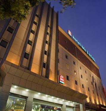 Home Inn (Changshu Zhaoshang City Baixue Road)