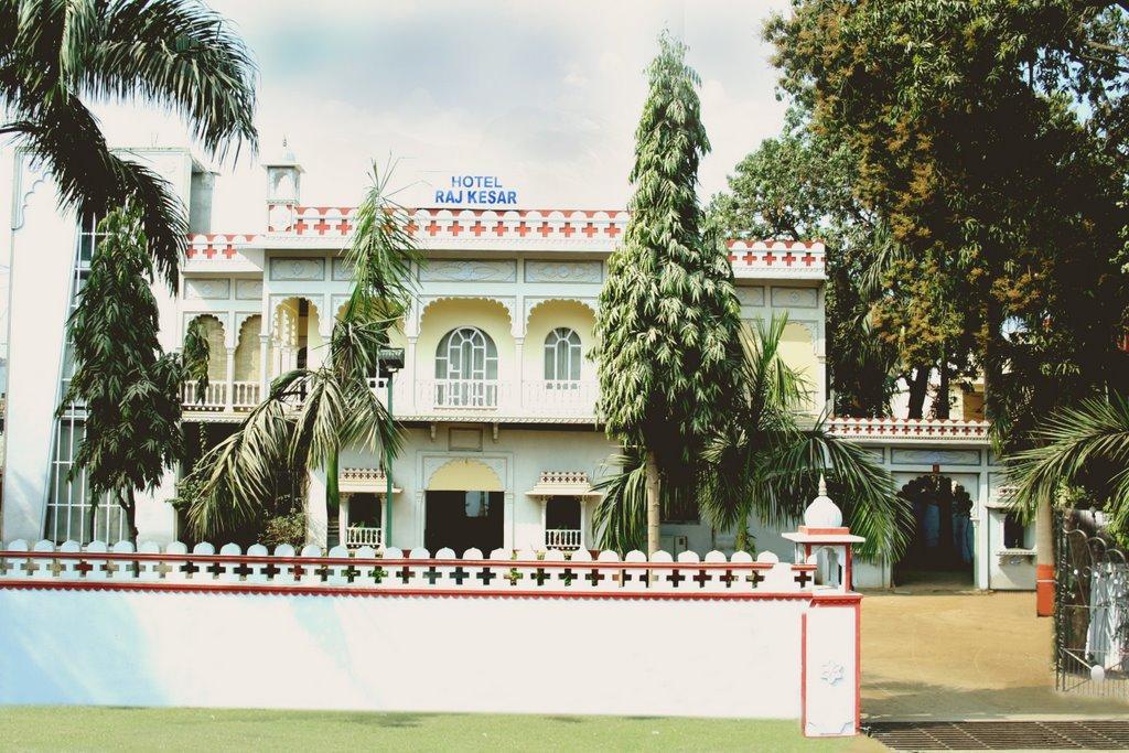 Hotel Raj Kesar
