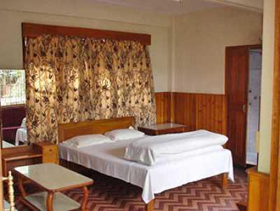 Sea Hawk Hotel