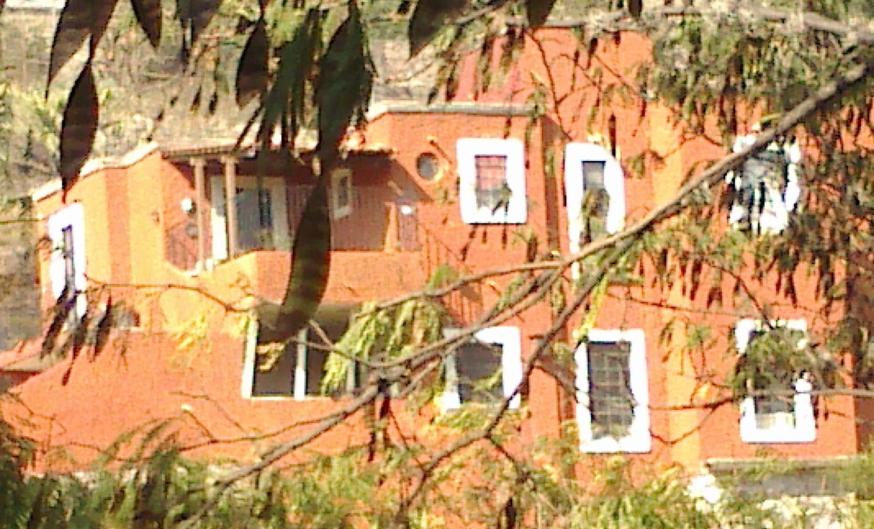Casa Las Flores B&B