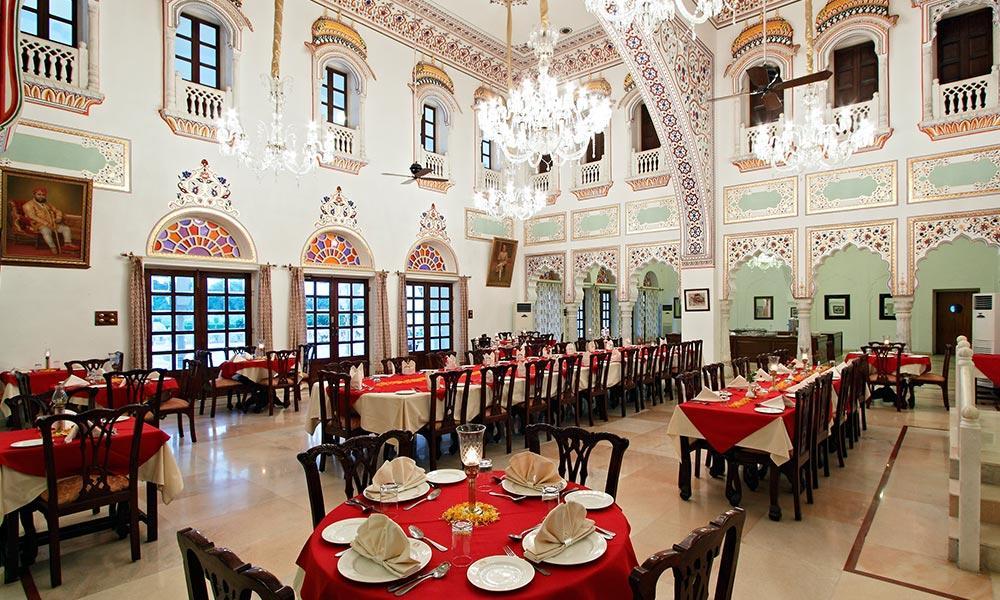 Lakshmi Villas Hotel
