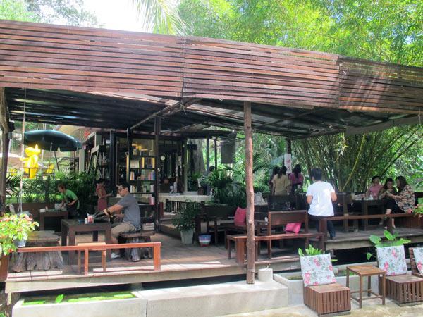 Ban Suan House