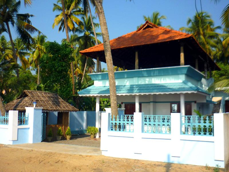 Edens Service Villa Cherai