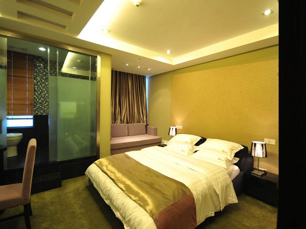 99 Inn (Shanghai Hutai Road)