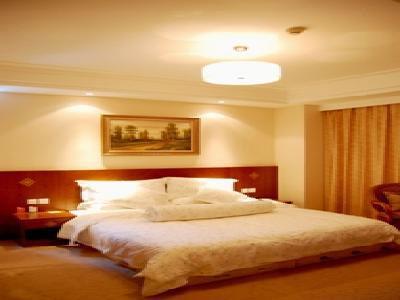 Luneng Hotel
