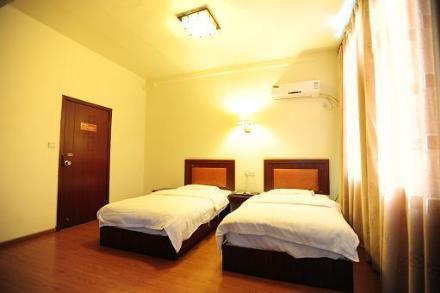 Deyang Yueda Hotel
