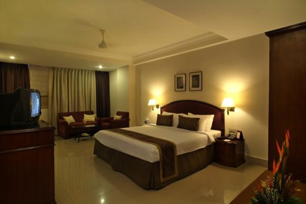 Chandra Hotel