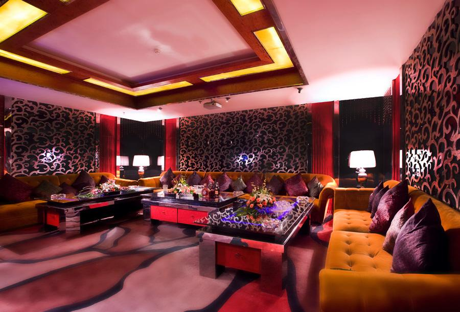 Longxiang Holiday Hotel