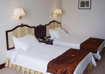 Huachen Hotel