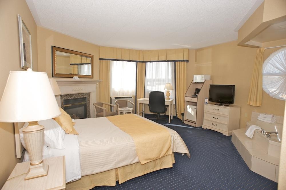 The Oakville Inn Hotel