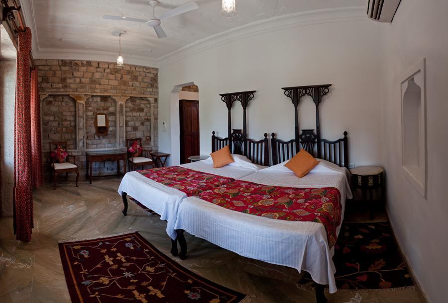 Chandralok Hotel