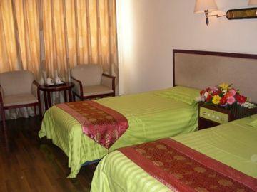 Ju Zi Hotel