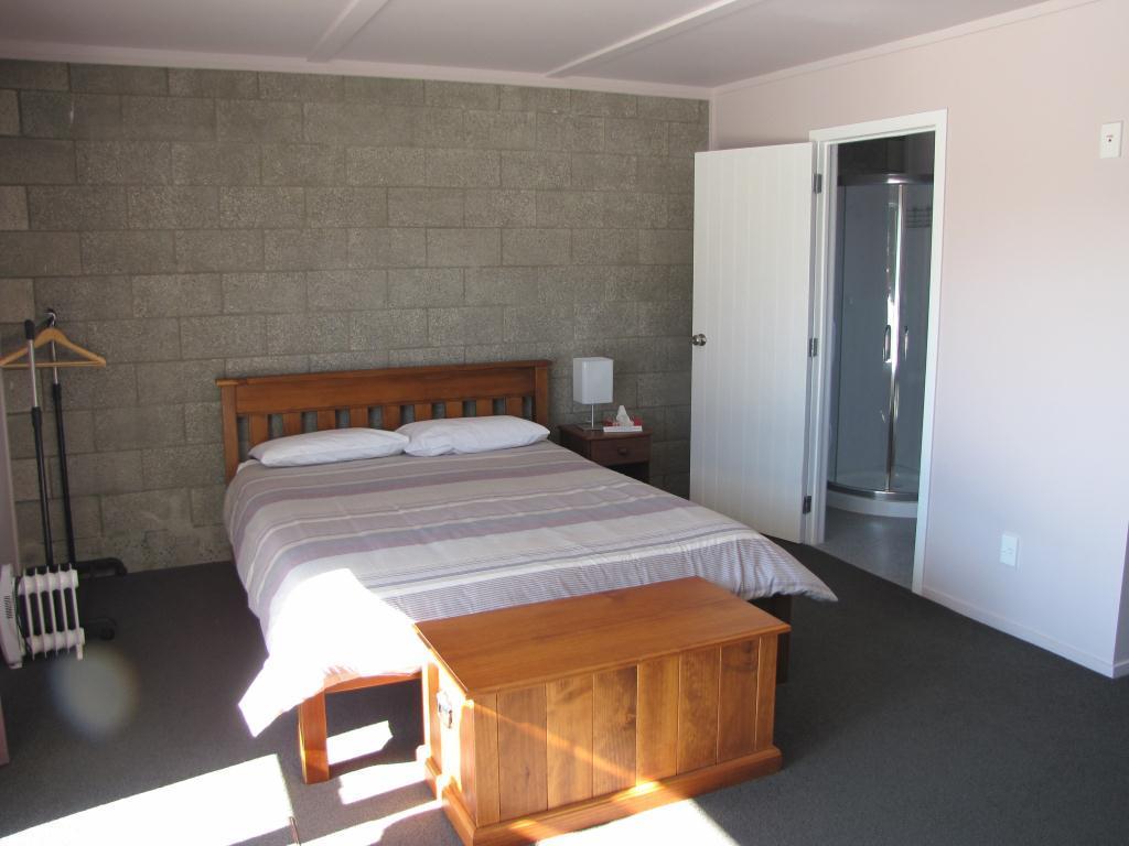 Abbeycourt Motel