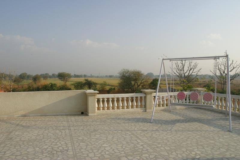 Sri Niwas Country Homes