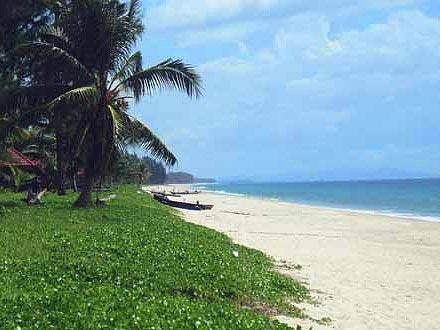 Thai Muang Beach Chalets