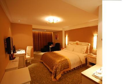 Grand Honor Hotel