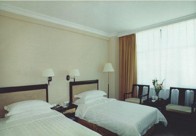 Barony Tarim Petroleum Hotel
