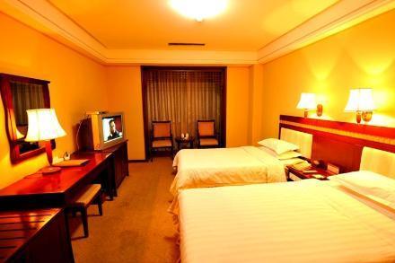 Zhouji Holiday Hotel