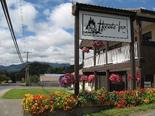 Hecate Inn
