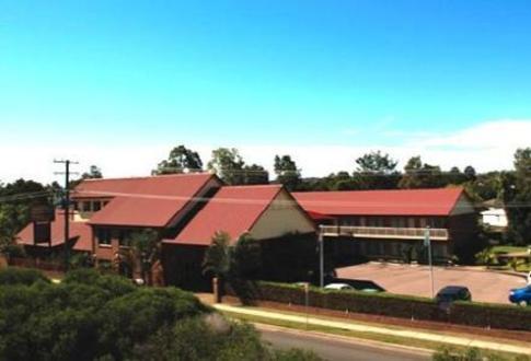 Francis Phillip Motor Inn & The Lodge Serviced Apartments