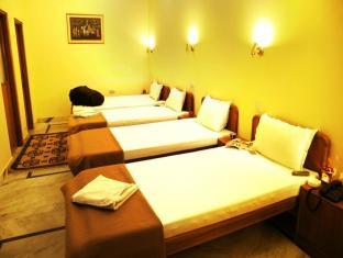 Chitra Palace Hotel