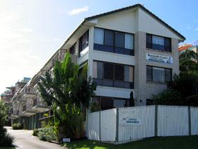 Beachside Court Holiday Apartments