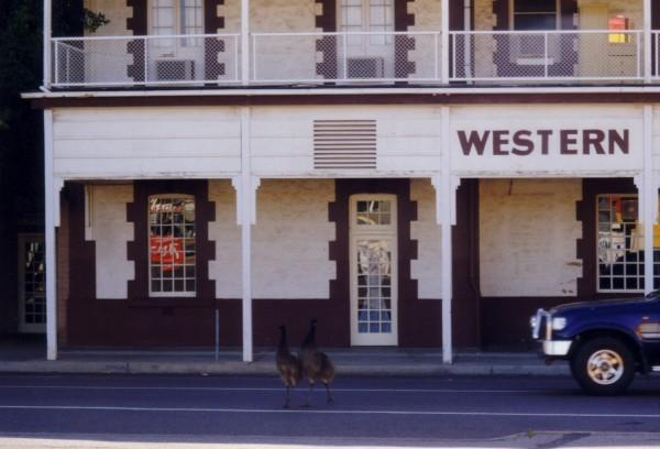 Ians Western Hotel