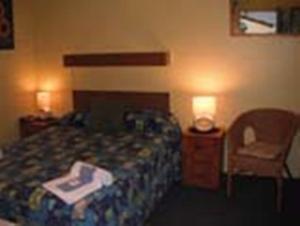 Black Swan Waterfront Motel
