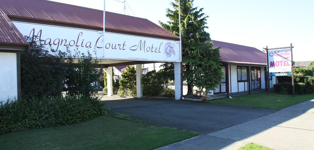 Magnolia Court Motel