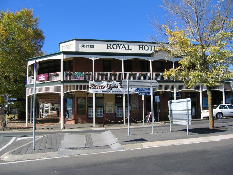Daylesford Royal Hotel