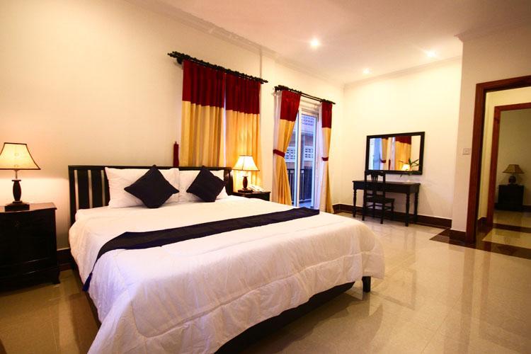 Chan Tha Condominium Hotel