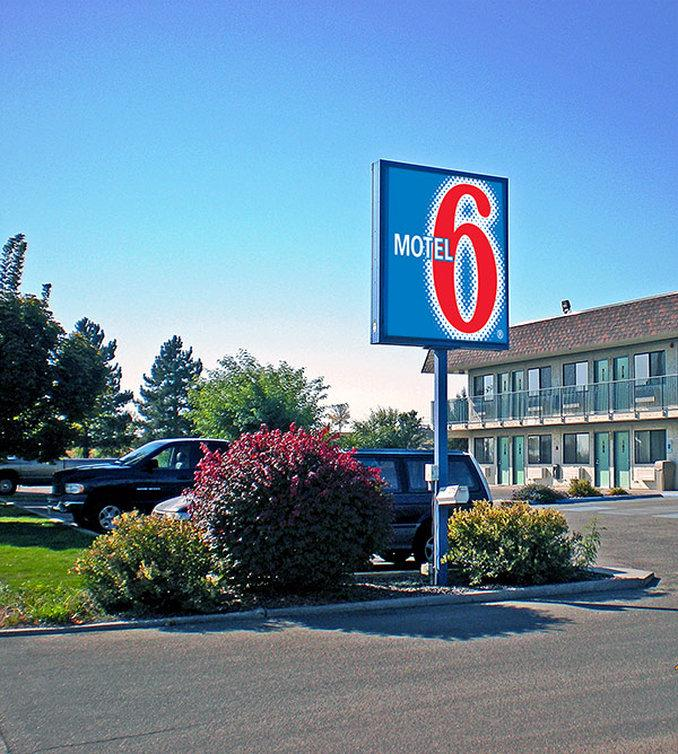 Motel 6 Ontario