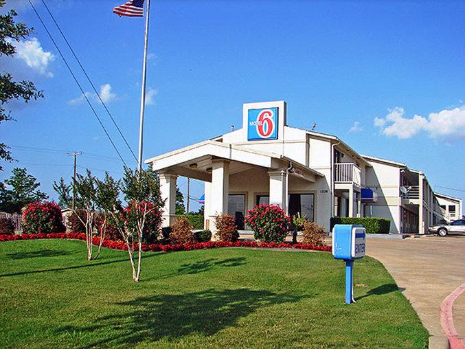 Motel 6 Dallas - De Soto - Lancaster