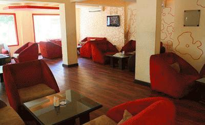Bungalow Cafe & Restaurant