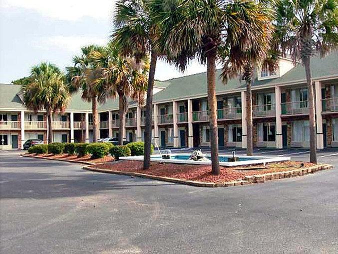 帕利斯島 6 汽車旅館