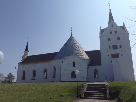 Horne Rundkirke Og Mausoleum