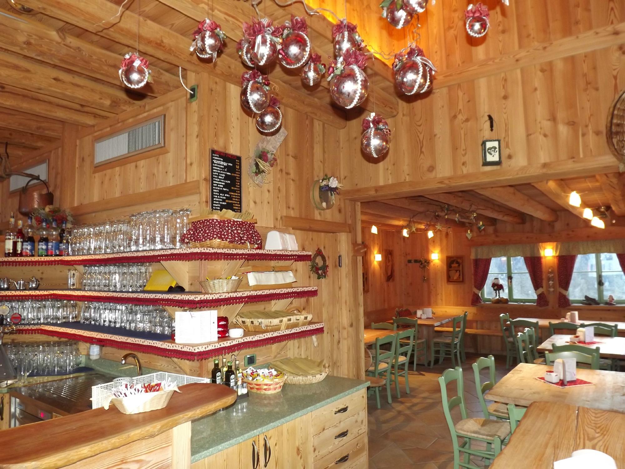 Top 6 Pub food in Zoldo Alto, Province of Belluno, Italy
