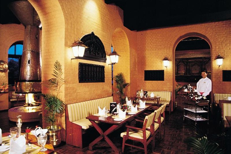 Hotel yak and yeti casino
