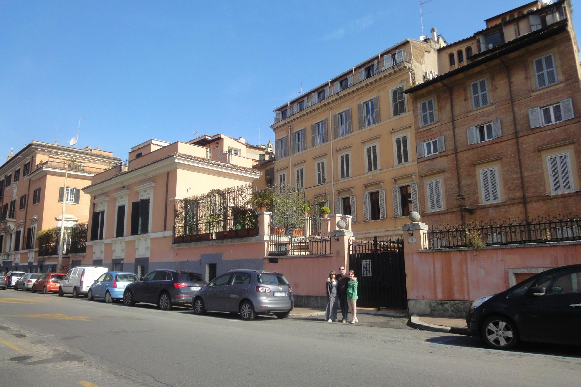 Giulia Town House