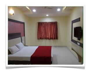 Hotel Abhay Palace Lodging