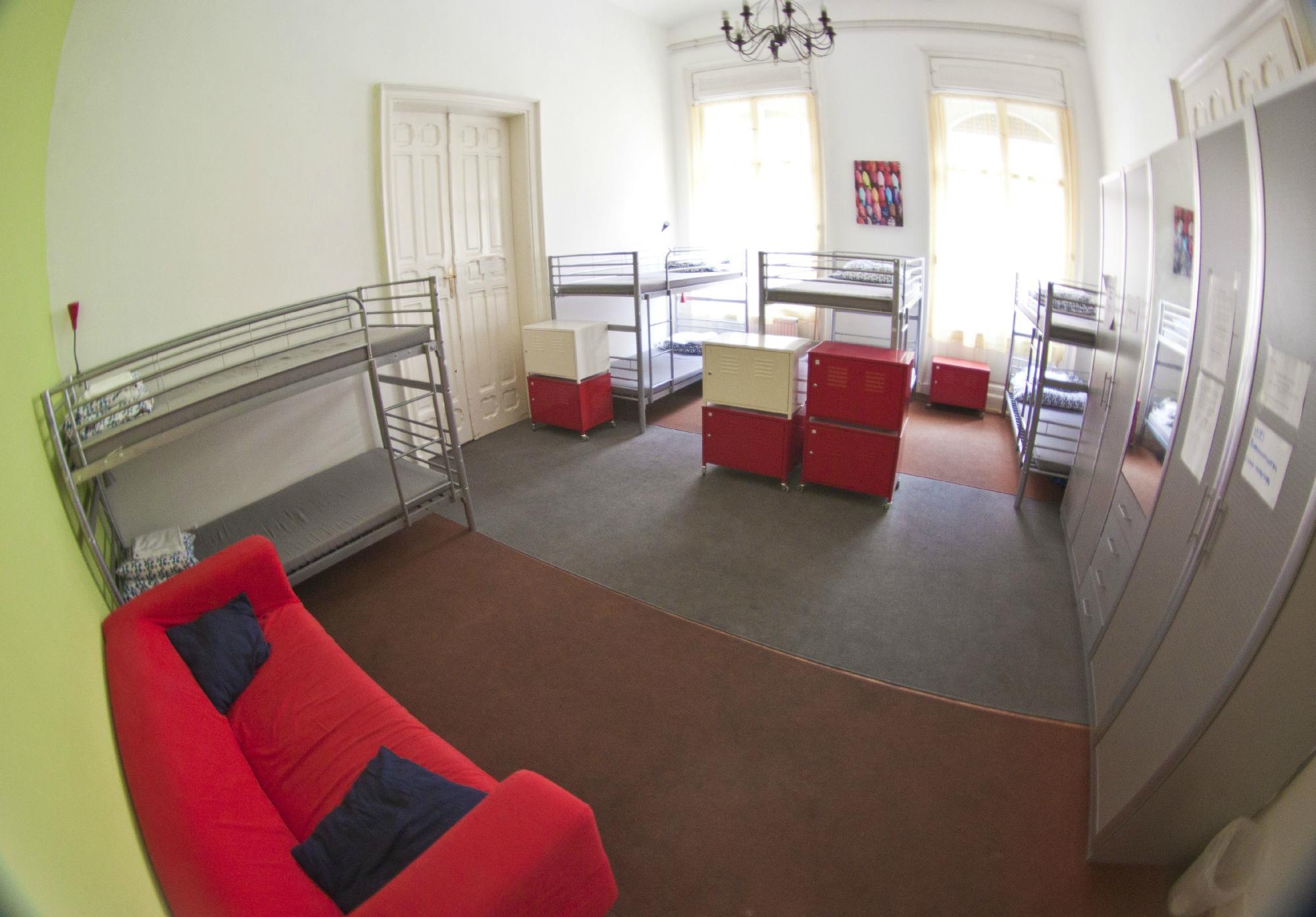 Barocco Hostel