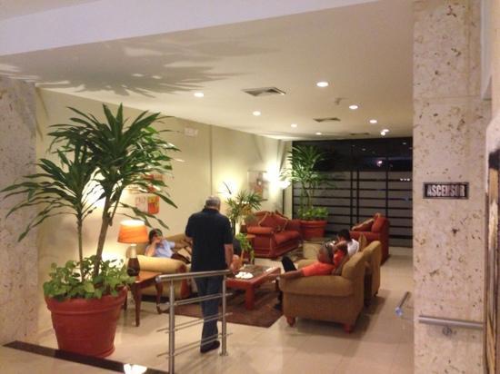 Hotel Doral Inn