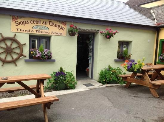 Siopa Ceoil An Daingin - Dingle Music Shop