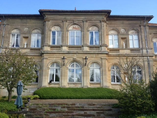 Chambres d'Hotes Chateau de Serans
