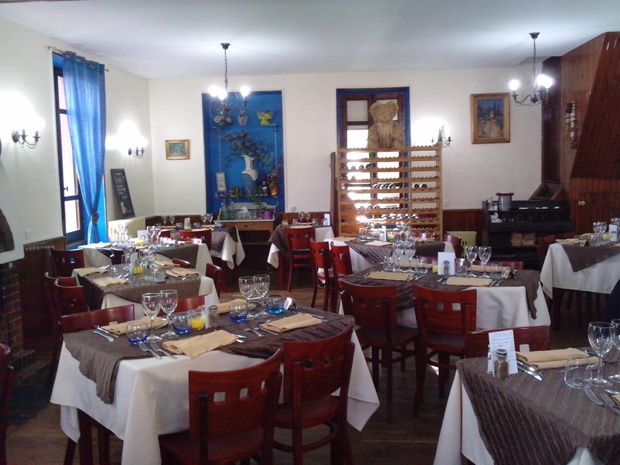 restaurant la maison bleue dans victor avec cuisine fran 231 aise restoranking fr